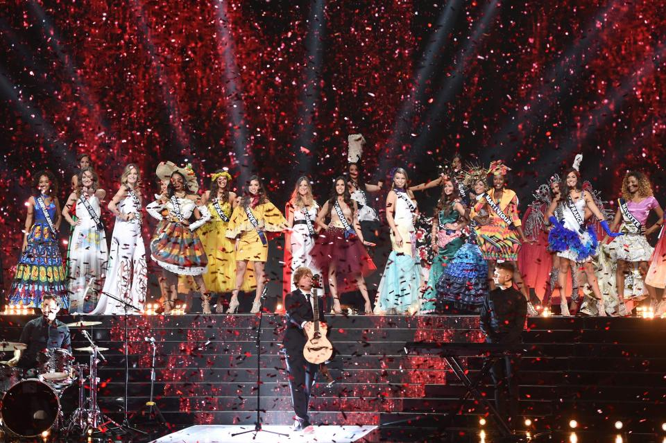 performance Miss France 2018